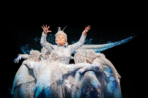 new-vic-theatre_the-snow-queen_image-by-andrew-billington_2